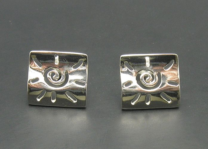 Silver earrings - E000080
