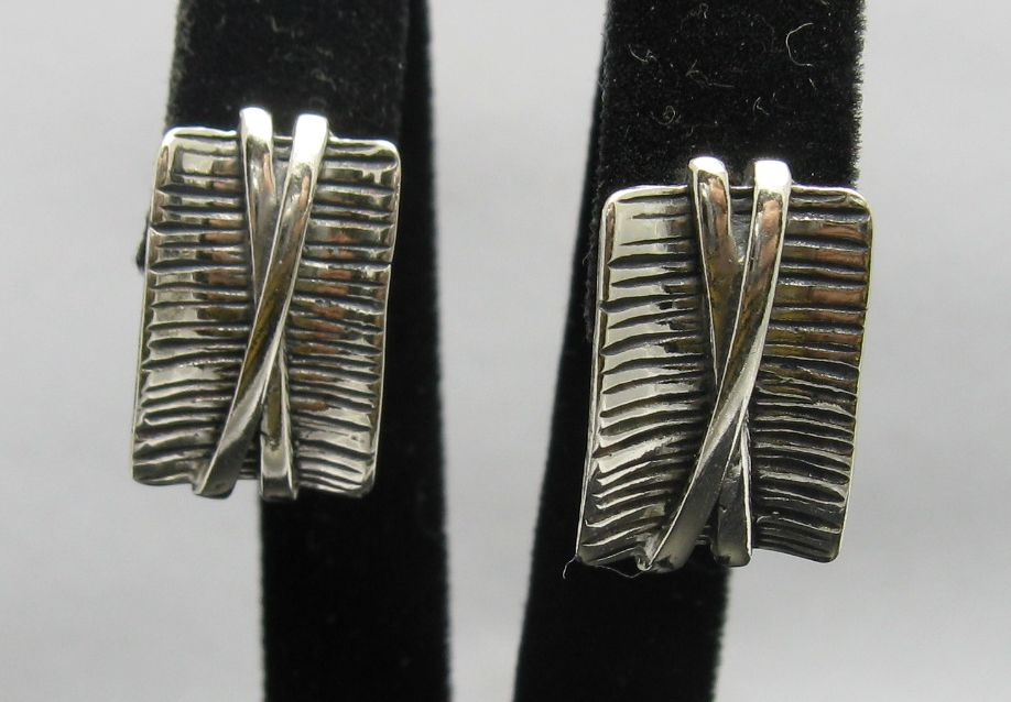 Silver earrings - E000252