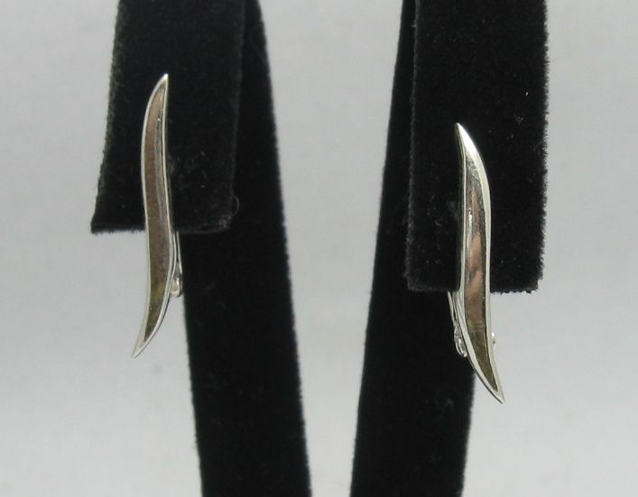 Silver earrings - E000274