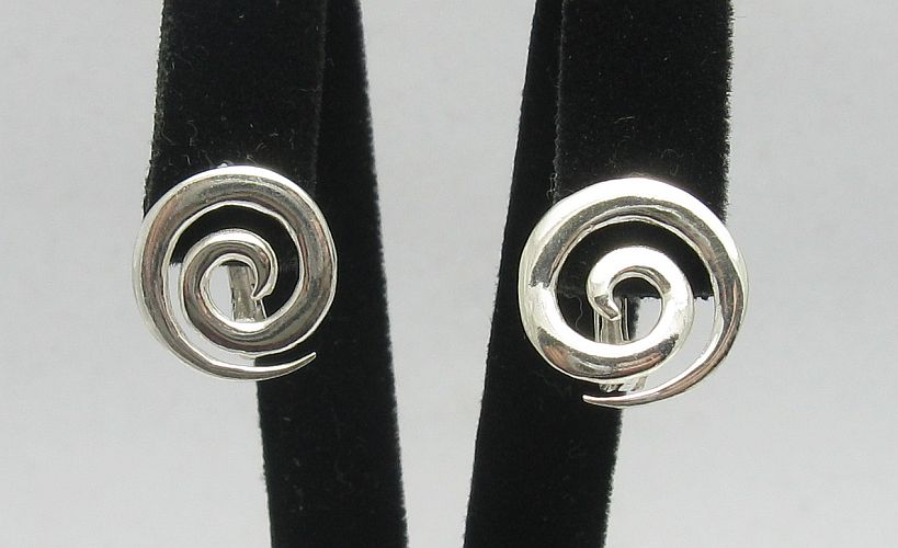 Silver earrings - E000281