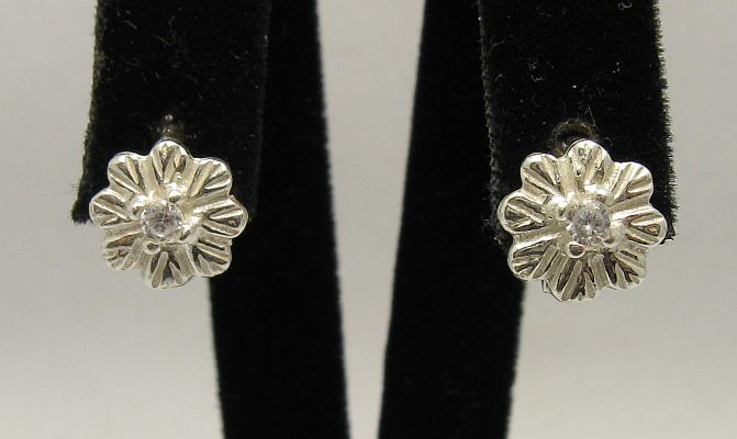 Silver earrings - E000314