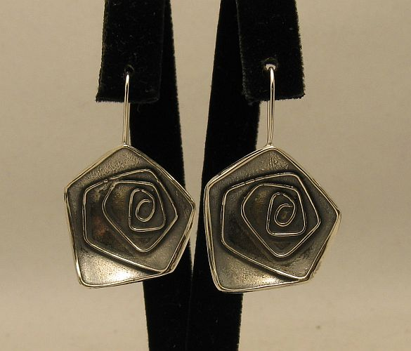 Silver earrings - E000322