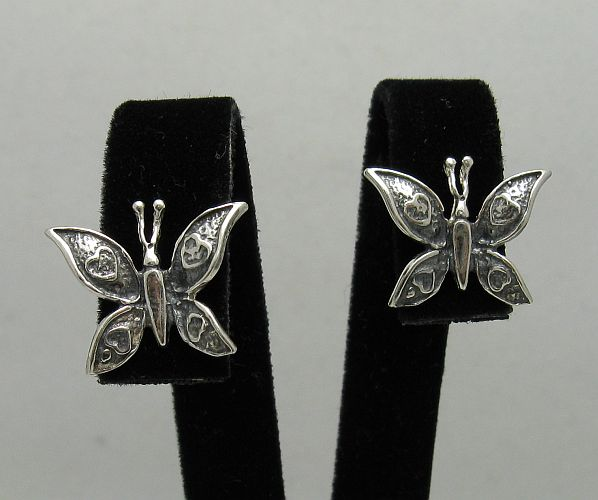 Silver earrings - E000410