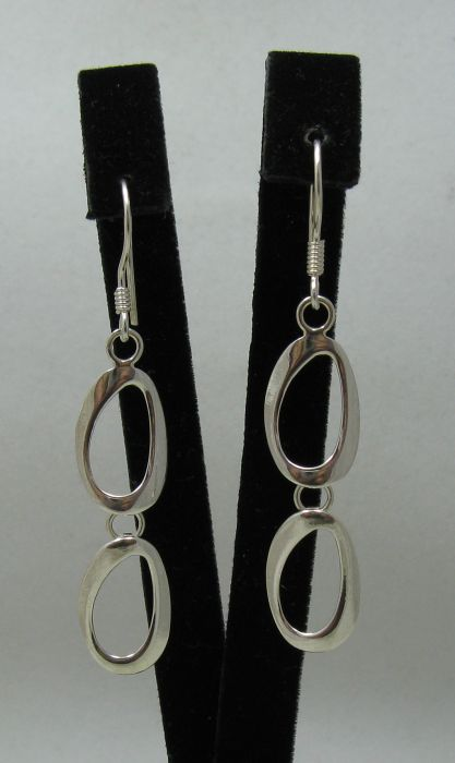 Silver earrings - E000424