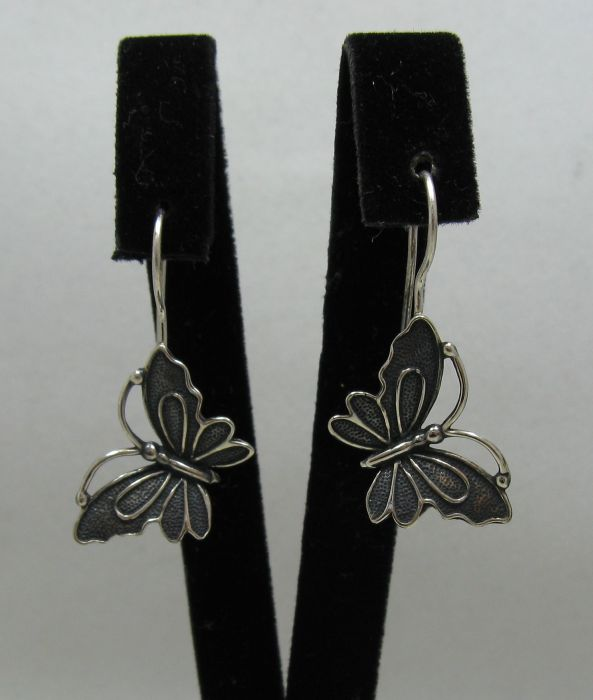 Silver earrings - E000433