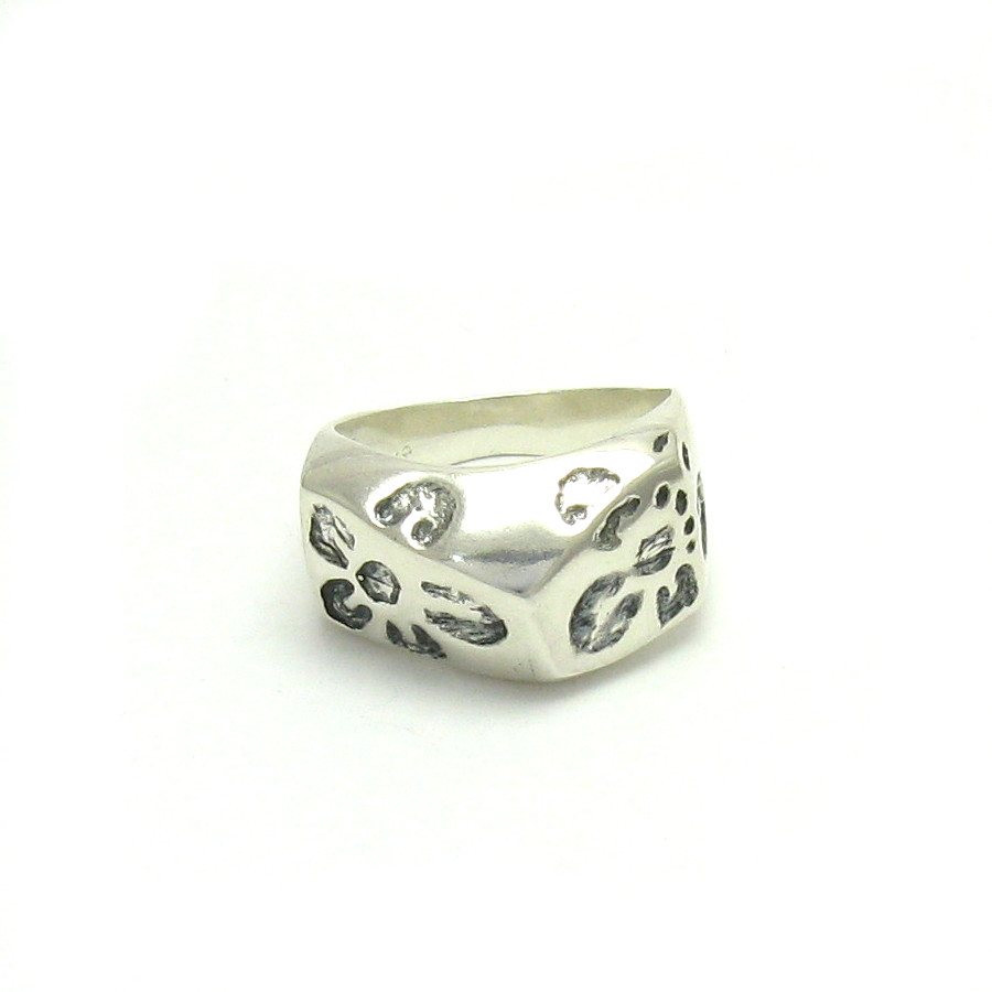 Silver ring - R000033