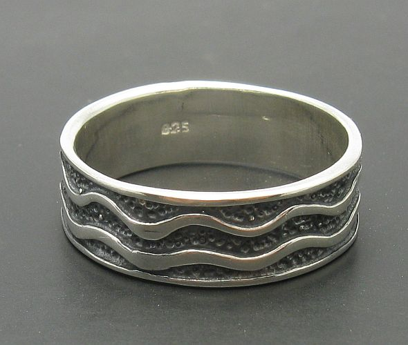 Silver ring - R000068