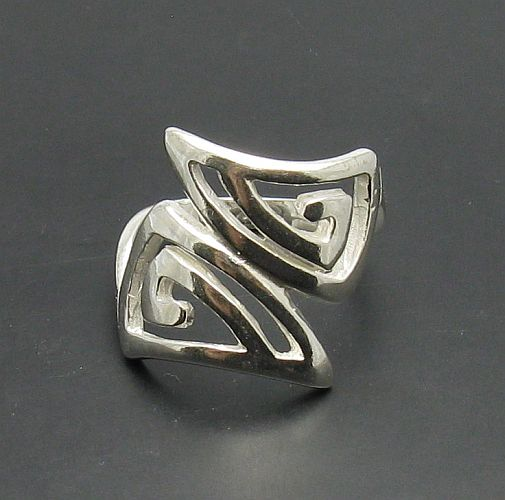 Silver ring - R000129