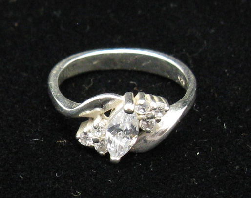 Silver ring - R000188