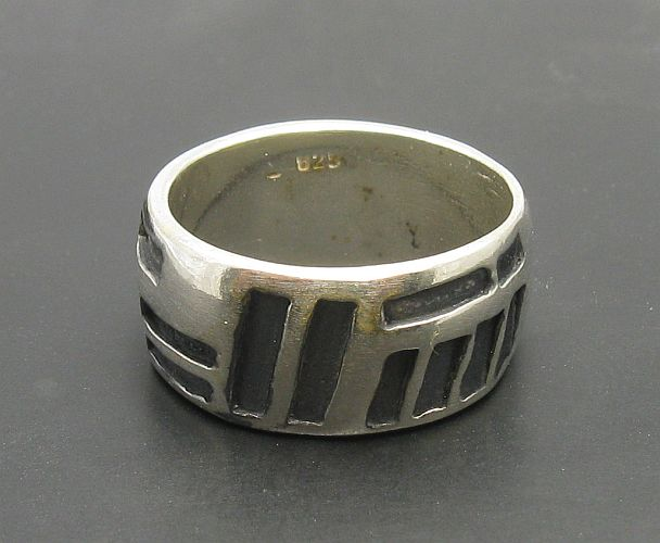 Silver ring - R000195