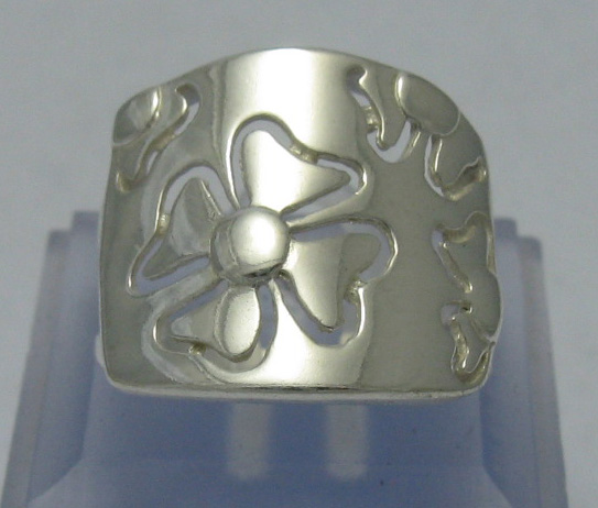 Silver ring - R000382