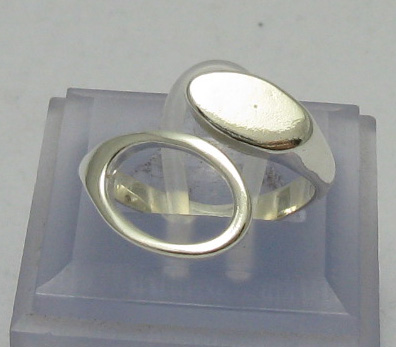 Silver ring - R000409