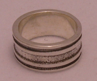 Silver ring - R000452