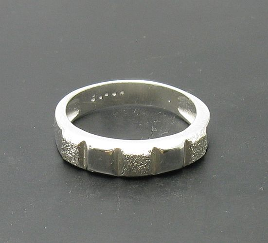 Silver ring - R000730