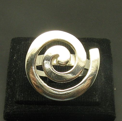 Silver ring - R000955