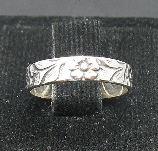 Silver ring - R000957