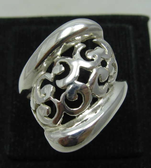Silver ring - R001099