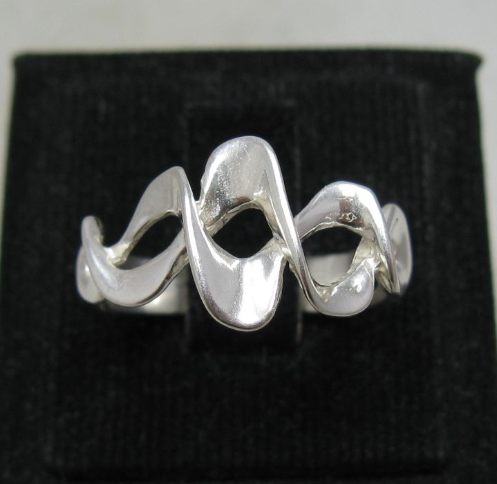 Silver ring - R001132