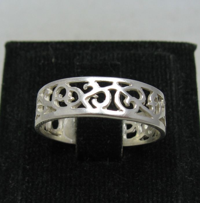 Silver ring - R001139
