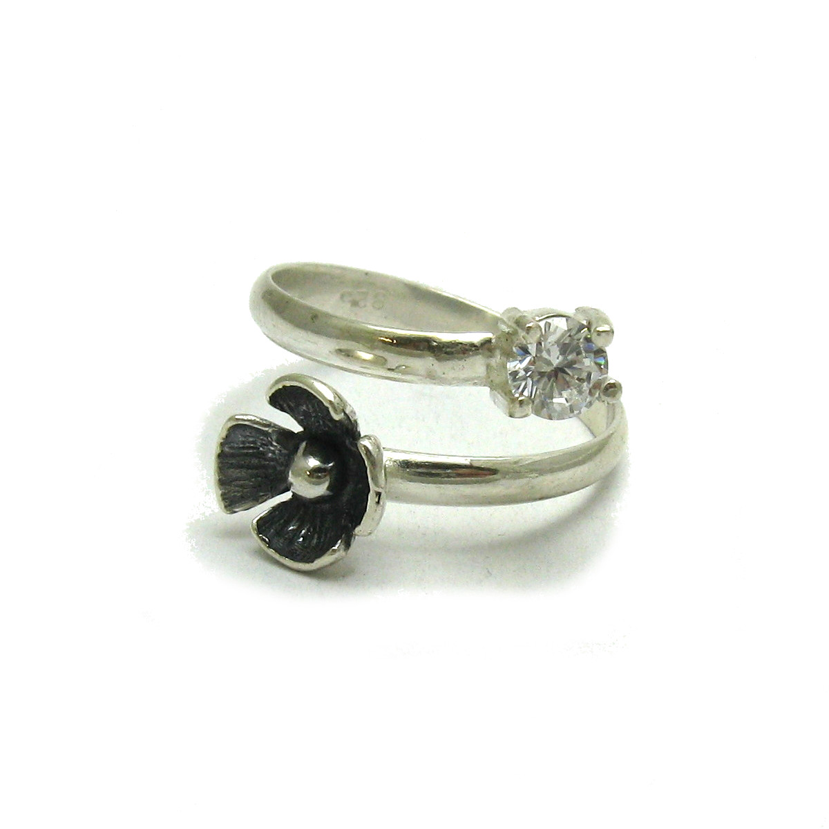Silver ring - R001676