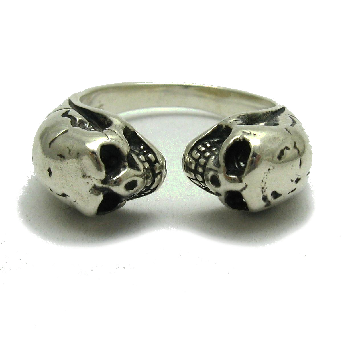 Silver ring - R001740