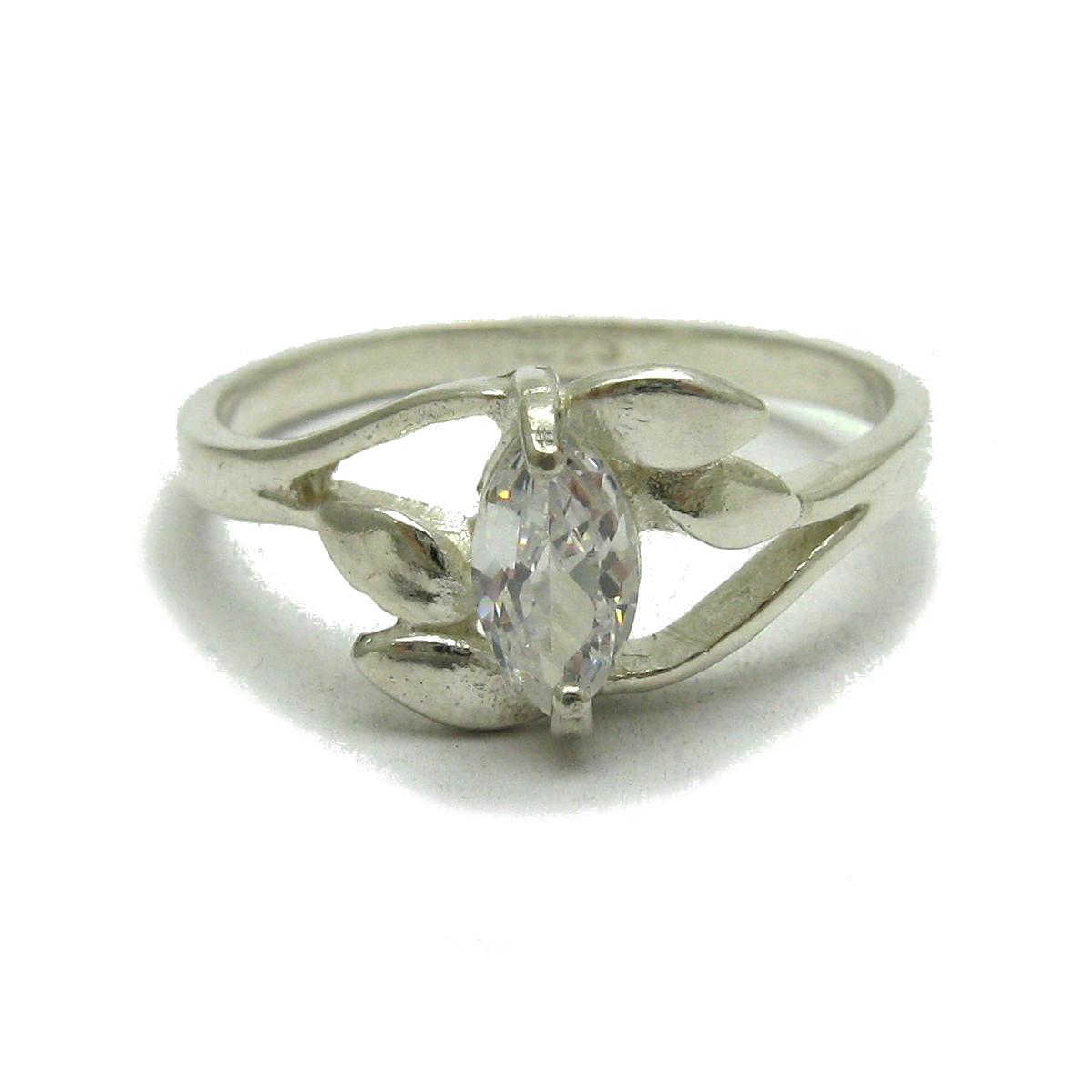 Silver ring - R001743