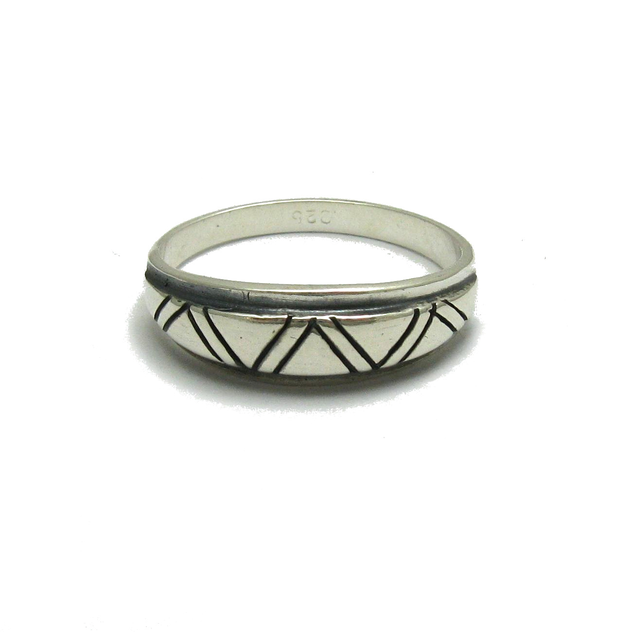 Silver ring - R001755