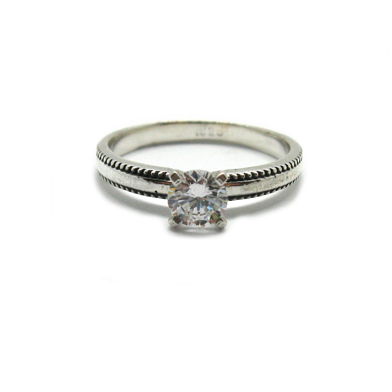 Silver ring - R001897