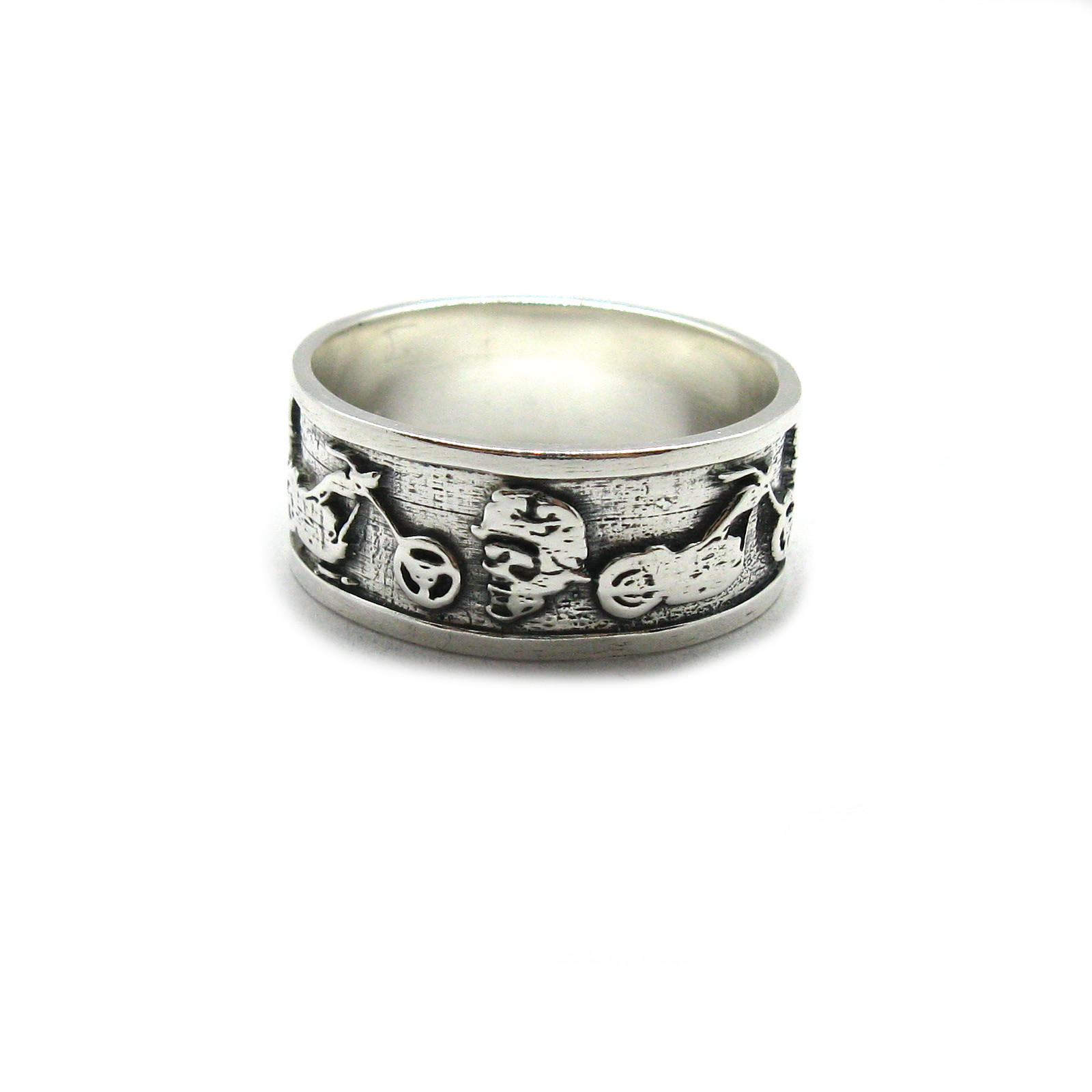 Silver ring - R001957