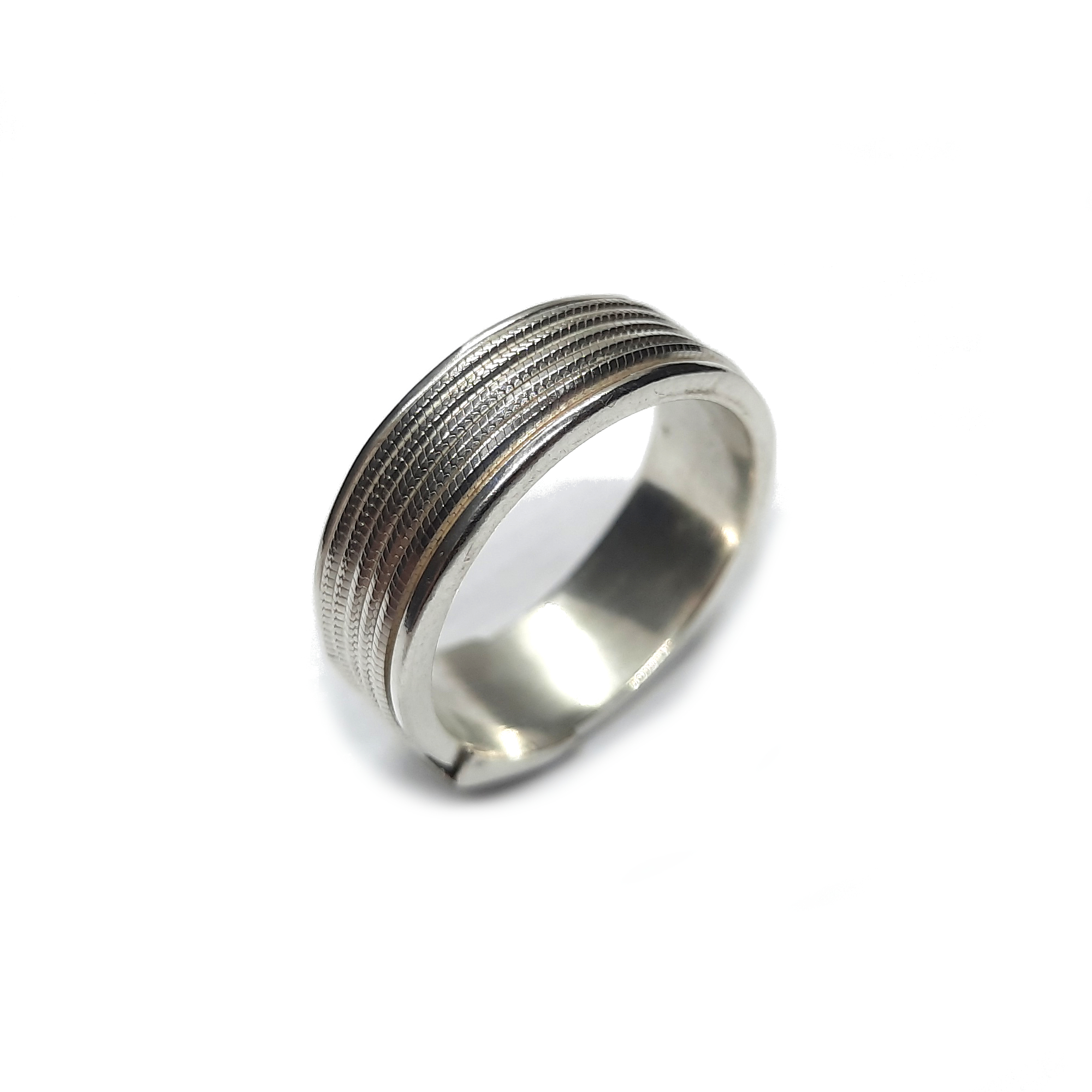 Silver ring - R002197