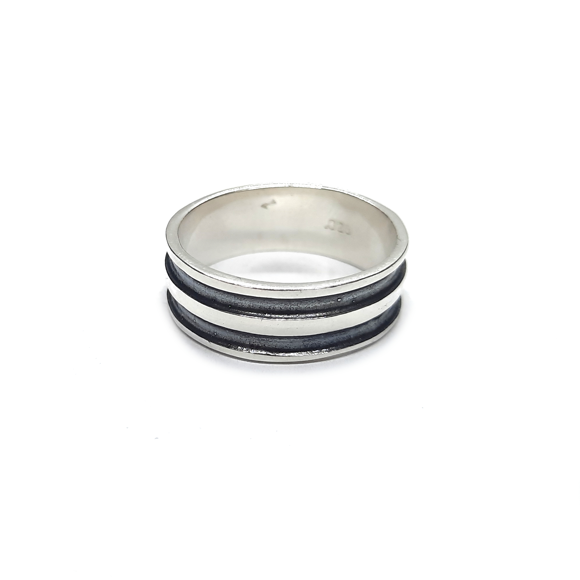 Silver ring - R002258